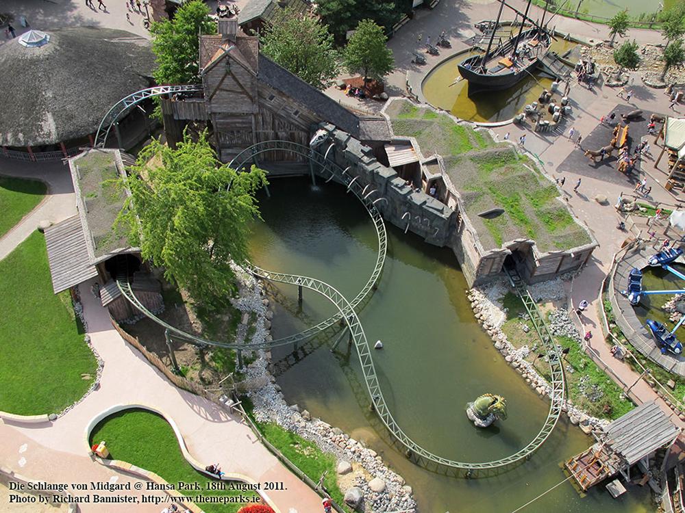 Foto von oben von Die Schlange von Midgard im Hansa Park